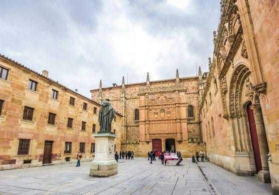 https_2orn7d13eu9j2ad63d44gytn-wpengine.netdna-ssl.comwp-contentuploads201606University-of-Salamanca-study-abroad-Salamanca
